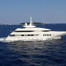 N.M.N Yacht Running Shot - Profile