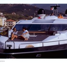 UM6 Yacht