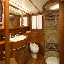 St Jean II Yacht
