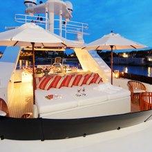 Tugatsu Yacht Flybridge