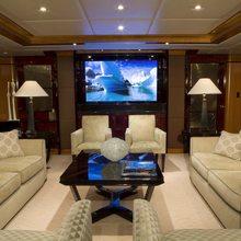 Reef Chief Yacht Main Salon - Screen