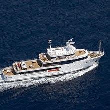 Tribu Yacht