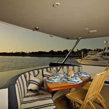 Quan Yin Yacht
