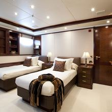 Bella Yacht Twin Stateroom
