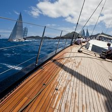 Yam 2 Yacht Deck