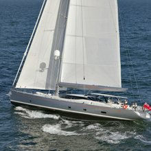 Valquest Yacht Running Shot