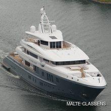 Dytan Yacht