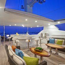 BB Yacht Sundeck Aft