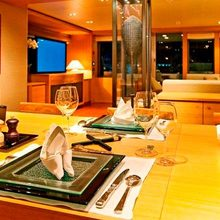 Exuma Yacht Dining