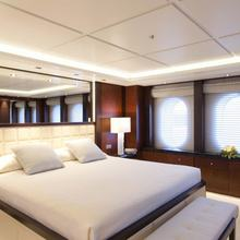 Huntress Yacht Master Stateroom
