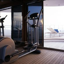 Slo Mo Shun Yacht Gym