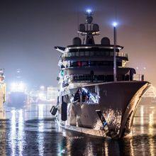 Royal Romance Yacht