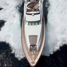 Strega Yacht Running Shot - Overhead
