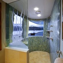 Empire Sea Yacht Master Bathroom