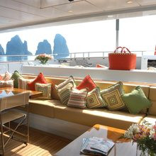 M5 Yacht Sundeck - Seating