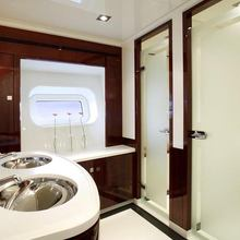 Valquest Yacht Guest Bathroom