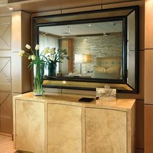 Majestic Yacht Stateroom - Detail