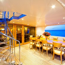 Vela Yacht Main Deck Aft