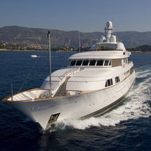 Ambition Yacht Front View
