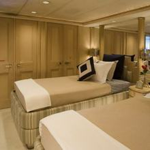 FAM Yacht Twin Stateroom