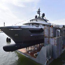 Globas Yacht