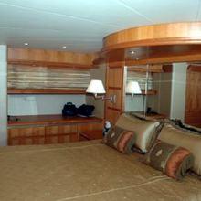 Rae Lynn Yacht