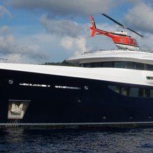La Familia Yacht