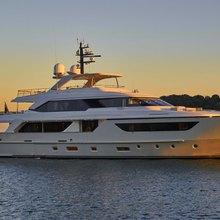 Takara One Yacht