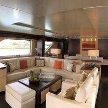 Akua Yacht