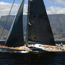 Kiwayu Yacht