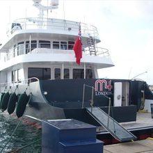 M4 Yacht