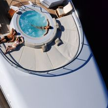 Harle Yacht Aerial View - Jacuzzi