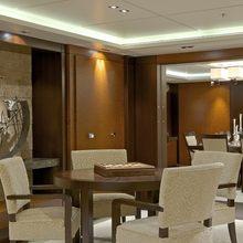 Bella Vita Yacht Main Deck Salon - Seating