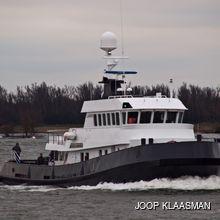 Noorderzon Yacht Side View