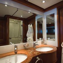 Corto Maltese Yacht Bathroom