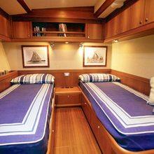 Skip'n Bou Yacht