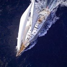 M5 Yacht Overhead