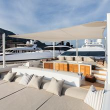 Apricity Yacht Bow Seating