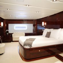 Valquest Yacht Master Stateroom - Side