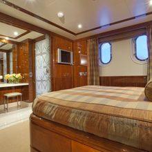 BB Yacht Stateroom - Bathroom Doors Open