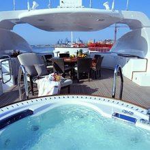 Cacique Yacht