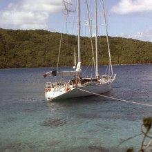 Adelie Yacht