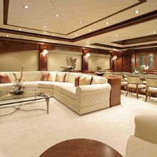 Dream Yacht Salon & Dining