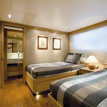 Exuma Yacht Twin Stateroom
