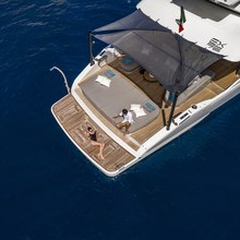D&B Yacht