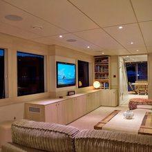 Kahu Yacht