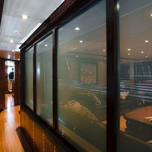 Caoz 14 Yacht Salon Corridor