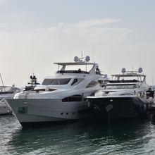 AS130 Yacht