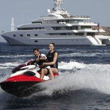 Pegasus VIII Yacht Jet Ski