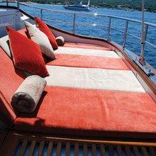 Corto Maltese Yacht Sunpads